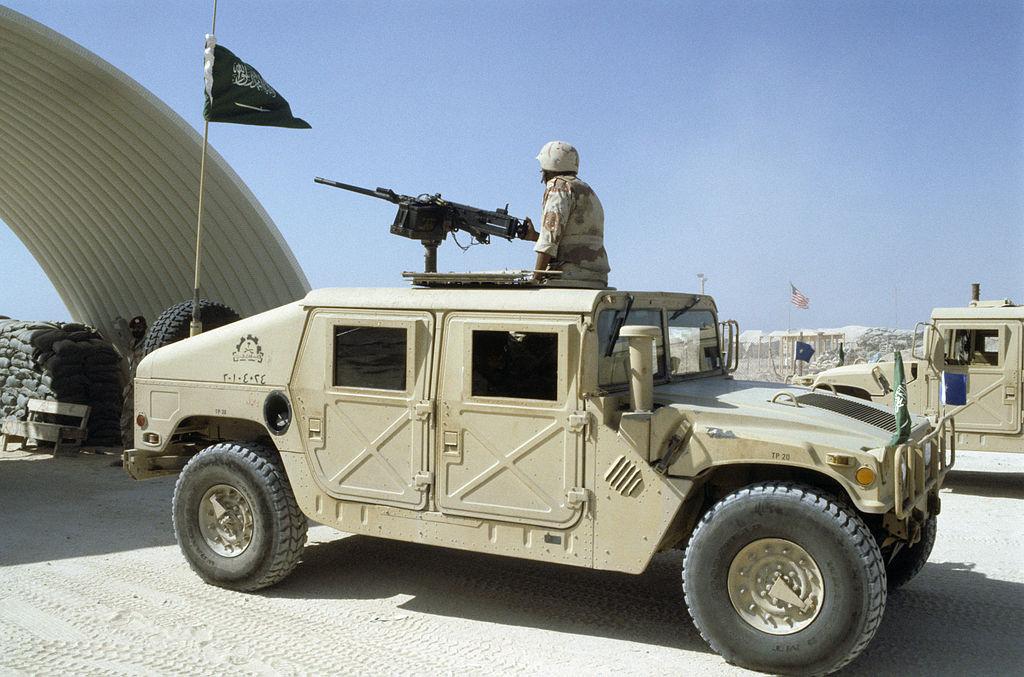 1024px-Saudi_Arabian_Humvee