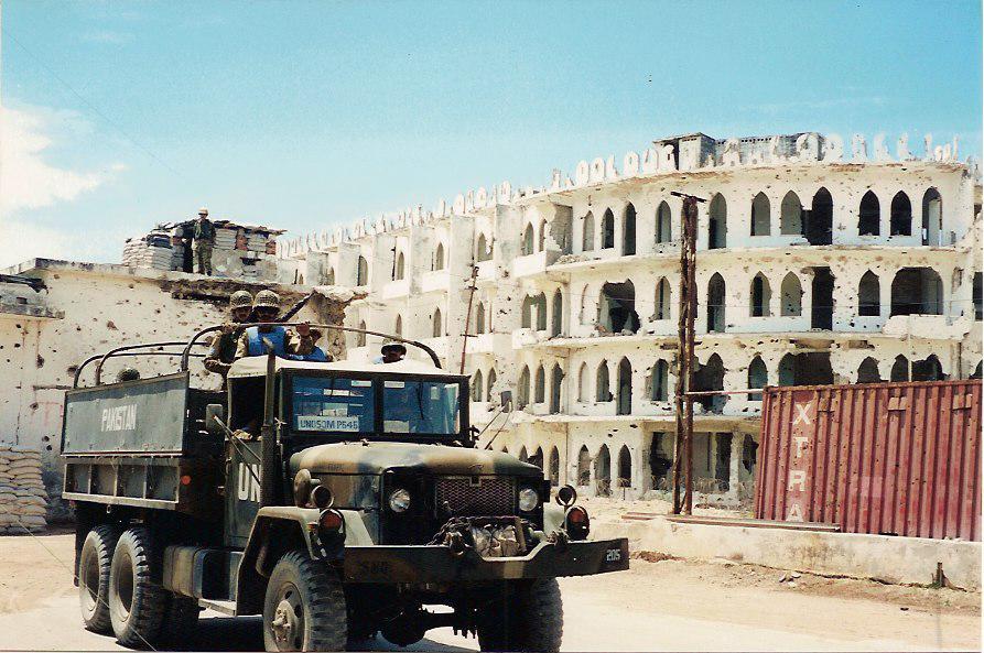 Convoy_trip_in_Mogadishu