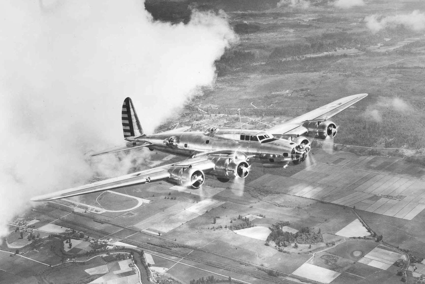 Boeing Y1B-17 in flight. (U.S. Air Force photo)