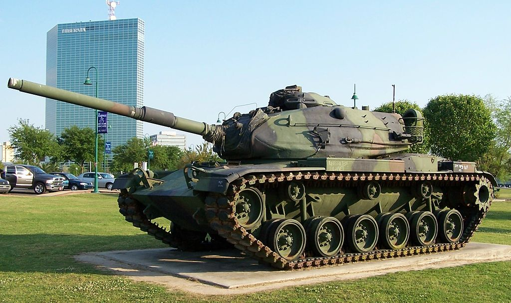 American_M60A3_tank_Lake_Charles,_Louisiana_April_2005