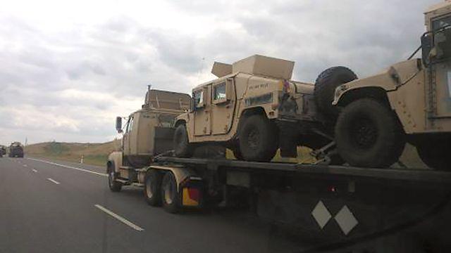 Километровая колонна бронетехники США зашла на территорию Украину