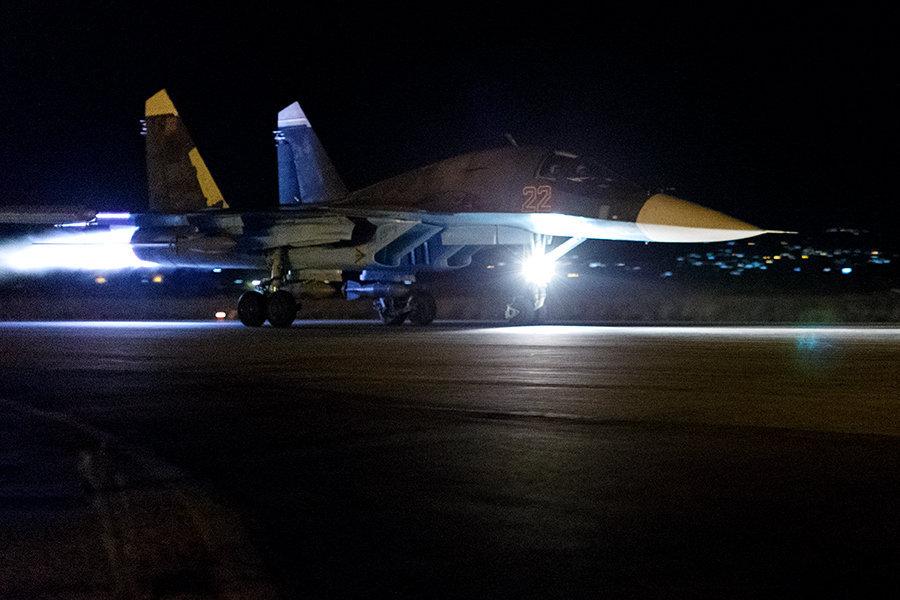 რუსული Cy-30 გამანადგურებელი თვითფრინავები ,Cy-24 საფრონტო ბომდამშენები და Cy-25 მოერიეშე თვითფრინავები ღამეც ბომბავენ ისლმისტების პოზიციებს (ფოტო რეპორტაჟი   ჰმეიმიმის აეროდრომიდან)