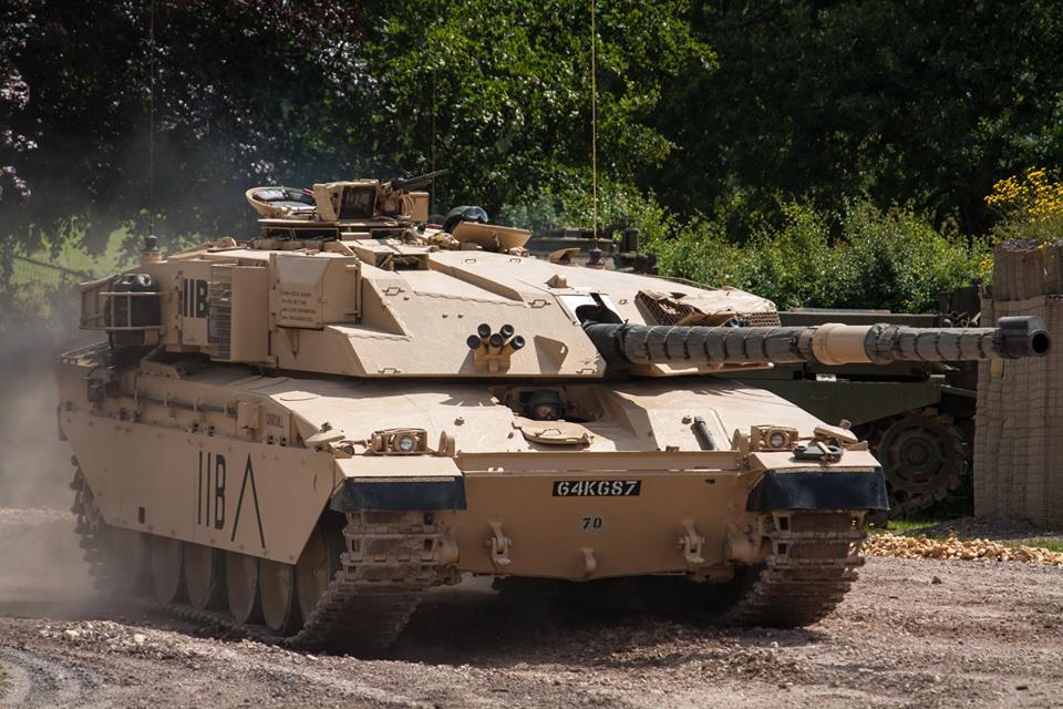 ბრიტანულმა ჩელენჯერმა ერაყული ტ-55 5 კილომტრის მანძილიდაან ააფეთქა