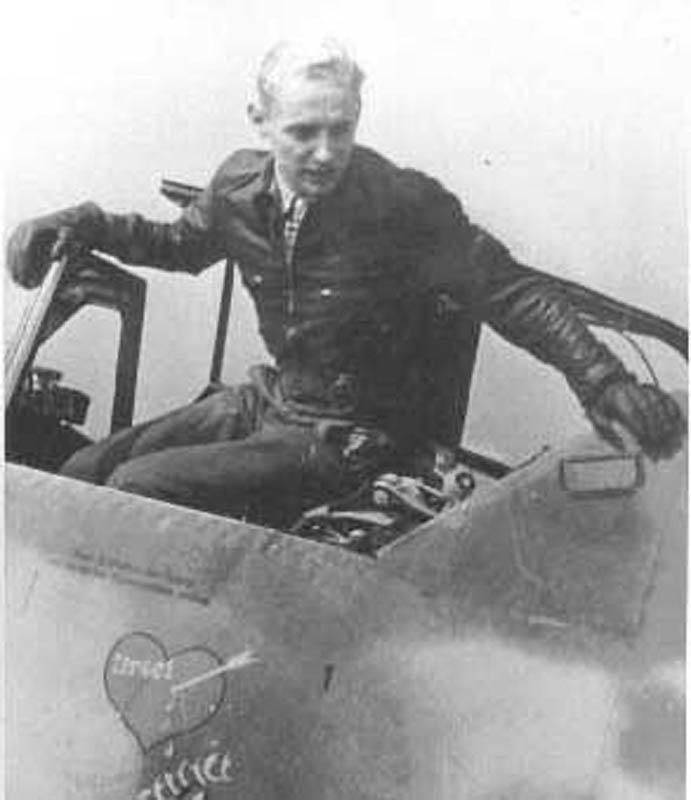 ერიხ ჰარტმანი (Erich Hartmann) გერმანელი სამხედრო მფრინავი და მეორე მსოფლიო ომის და ზოგადად, ყველაზე შედეგიანი ასი.