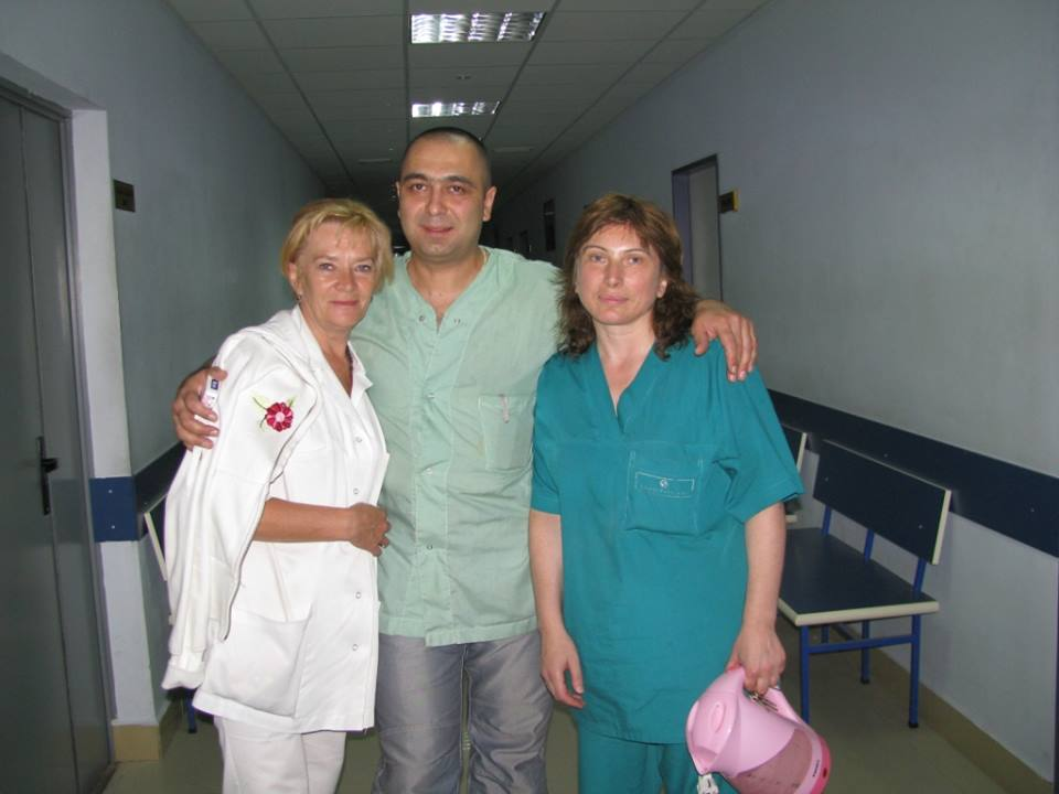რუსეთ საქართველოს 2008 წლის აგვისტოს ომის გმირი ექიმი გოგა აბრამიშვილი  რომელმაც ბოლომდე არ მიატოვა გორის ჰოსპიტალი