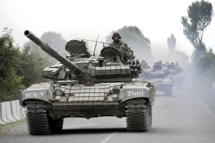 ქართული T-72 ტანკები ომში მიდიან.(ვიდეო)