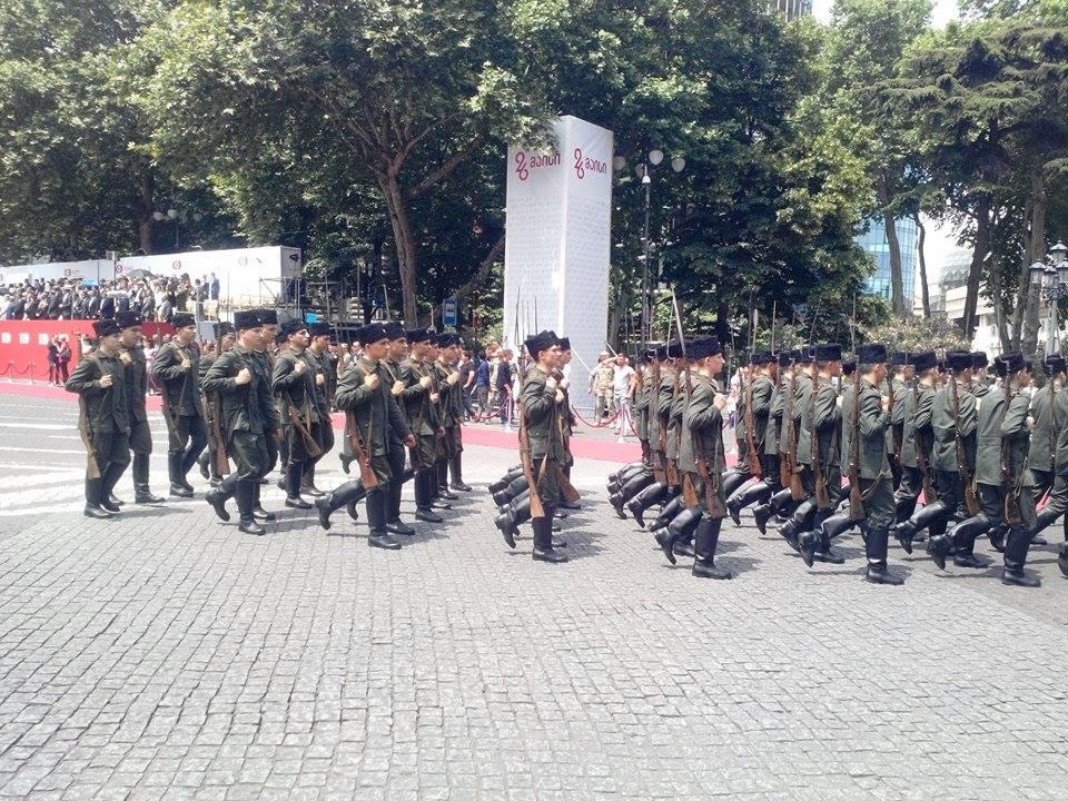 26 მაისი საქართველოს დამოუკიდებლობის 100 წლის თავიგენერალ გიორგი კვინიტაძის სახელობის კადეტთა სამხედრო ლიცეუმი.(ფოტო-რეპორტაჟი)