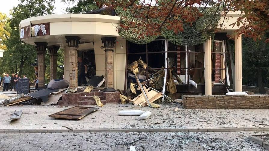 თვითგამოცხადებული დონეცკის სახალხო რესპუბლიკის ლიდერი ალექსანდრ ზახარჩენკო დონეცკში, ერთ-ერთ კაფეში აფეთქების შედეგად გარდაიცვალა,აფეთქების ამსახველი ფოტოები