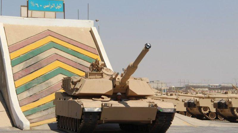 აშშ საზღავო ძალების  საცეცხლე ვარჯიში  M1A1 ძირითადი საბრძოლო ტანკებით ,  ქუვეითში,2019 წლის 19 აგვისტო.