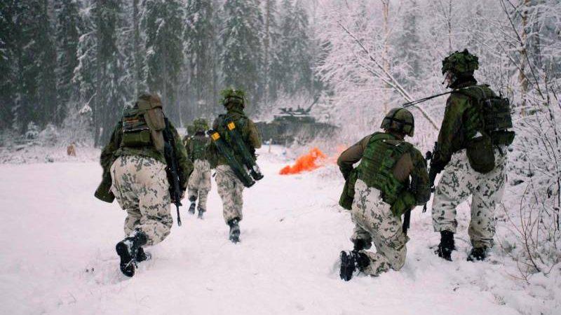 """ფინეთის შეიარაღებული ძალები , """"რუსეთის აგრესიის"""" მოსაგერიებლად ინტენსიურ წვრთნებს ატარებენ."""