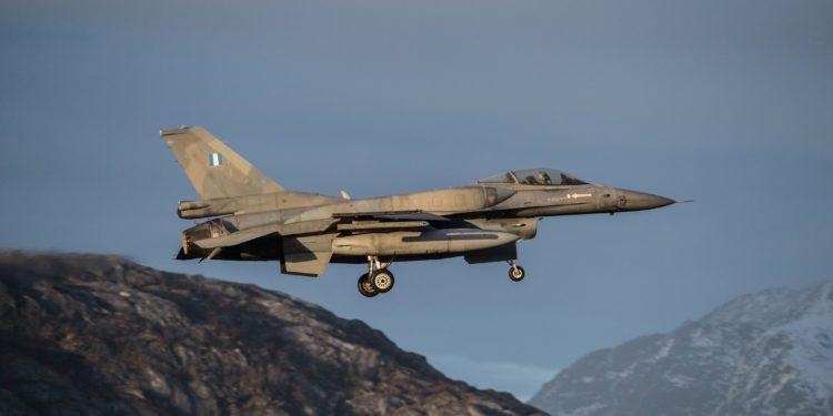 """საბერძნეთმა ამერიკულ კორპორაცია """"Lockheed Martin""""-ს 280 მილიონი დოლარის კონტრაქტი გაუფორმა F-16 გამანადგურებელი თვითმფრინავების პარკის მოდერნიზირებისათვის."""