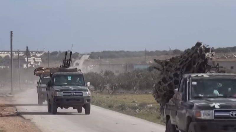 ალეპოს პროვინციაშისირიის არმიის პიკაპის ტიპის ავტომანქანა ტანკსაწინააღმდეგო რაკეტით ააფეთქეს(ვიდეო)