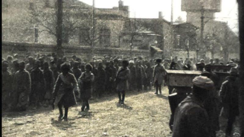 რუსი ტყვეების შემოყვანა თბილისში 1921 წლის 20 თებერვალი.