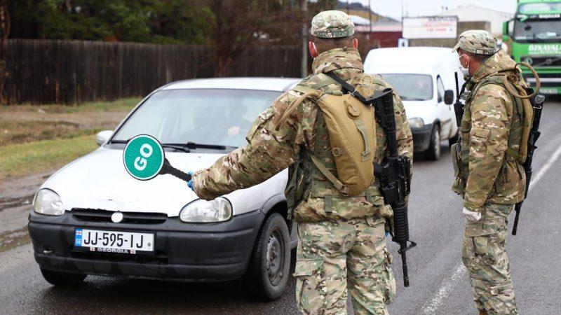 მე-13 ბატალიონის სამხედრო მოსამსახურეები ახალციხეში ორ ლოკაციას აკონტროლებენ.