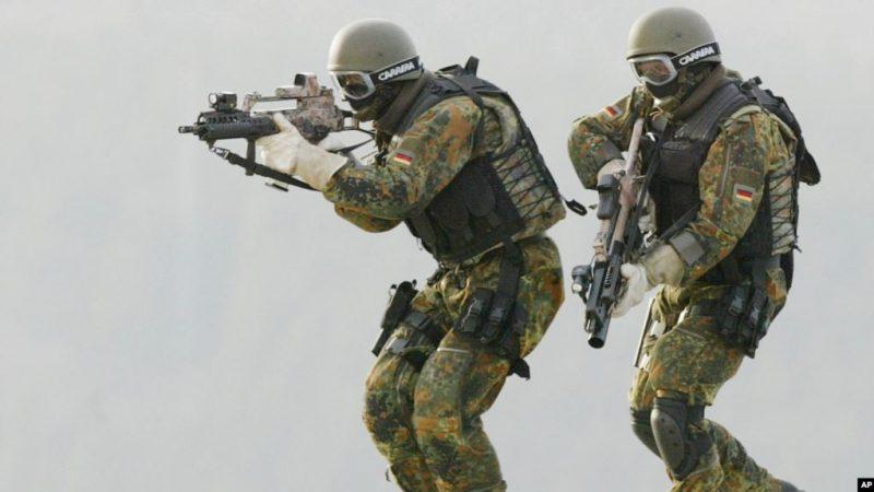 ულტრამემარჯვენეობის გამო, გერმანია არმიის ელიტარულ ნაწილს შლის.