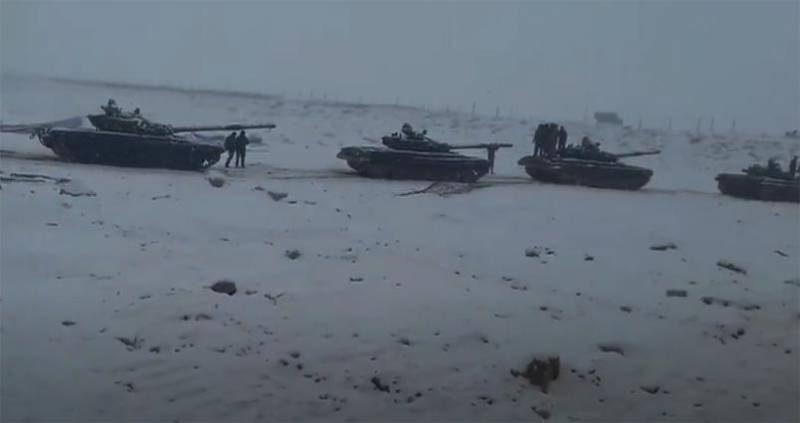 ინდოეთმა   ჩინეთის საზღვართან T-72 ტიპის ტანკები გადაისროლა.