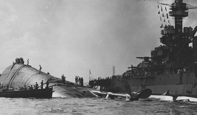 პერლ ჰარბორის მსხვერპლის ამერიკელი მეზღვაურის ორვალ ოსტინ ტრანბერგერის  დაასაფლავება თითქმის 80 წლის შემდეგ.