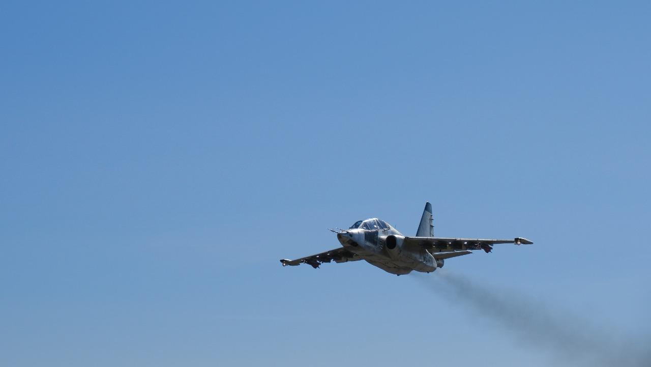პირველმა მოდერნიზებულმა Су-25УБ  ტიპის ორადგილიანმა სასწავლო-საბრძოლო მოიერიშე თვითფრინავმა   საგამოცდო ფრენა წარმატებით განახორციელა. (ვიდეო)